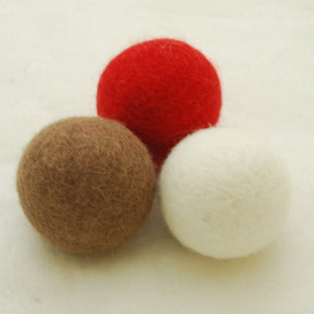 100% Wool Felt Balls - 3 Count - 4cm - Christmas Colours 02