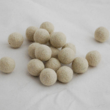 100% Wool Felt Balls - 10 Count - 2cm - Antique White