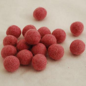 100% Wool Felt Balls - 10 Count - 2cm - Antique Rose Pink