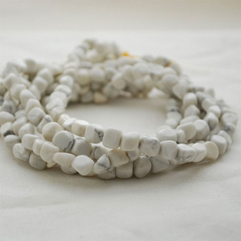 """High Quality Grade A Natural White Howlite Semi-precious Gemstone Pebble Tumbledstone Nugget Beads - approx 5mm - 8mm - 15"""" long strand"""