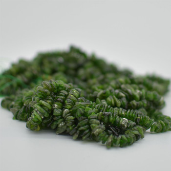 """High Quality Grade A Natural Green Chrome Diopside Semi-precious Gemstone Chips Nuggets Beads - 5mm - 8mm, approx 32"""" Strand"""