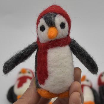 Felt Christmas Penguin Figure - 1 Count - approx 9cm - 9.5cm x 4cm - 4.5cm