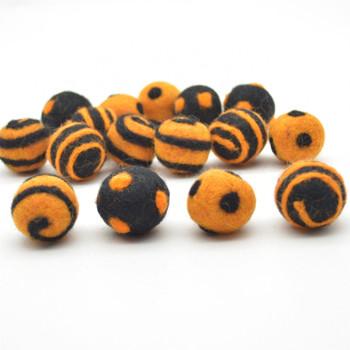 100% Wool Felt Balls - 16 Count - Polka Dots & Swirl Felt Balls - Orange and Black Halloween Mix - 2.5cm
