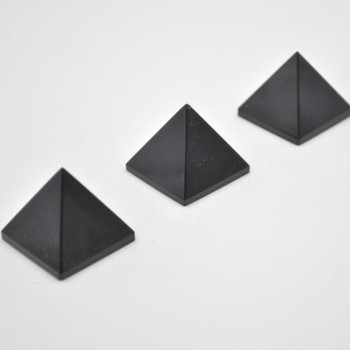 Natural Black Obsidian Semi-precious Gemstone Pyramid - 1 Count - 3cm - 3cm x 3cm - 25 - 30 grams