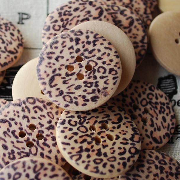 10 Animal Print Wood Buttons - Leopard Print - 3cm