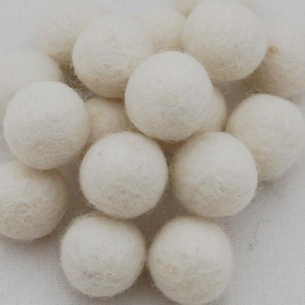100% Wool Felt Balls - 10 Count - 2cm - Ivory White