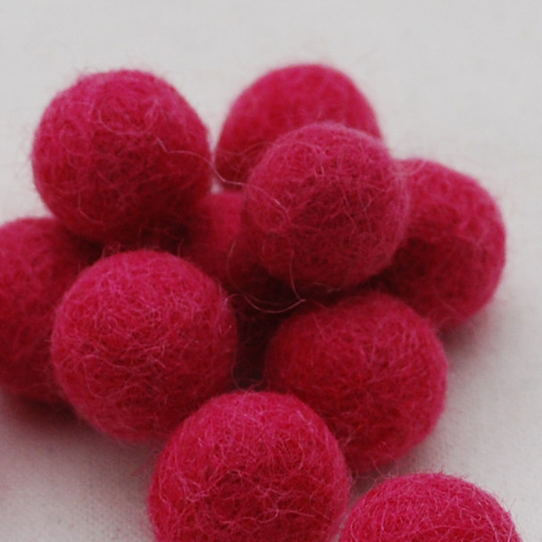 100% Wool Felt Balls - 10 Count - 2cm - Ruby Pink