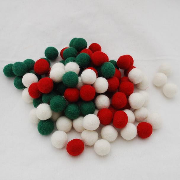 100% Wool Felt Balls - 100 Count - 2cm - Christmas Colours - 03