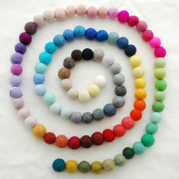 100% Wool Felt Balls - 100 Count - 2.5cm - Pick & Mix - choose from 90 colours