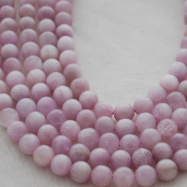 High Quality Grade A Natural Kunzite (lilac purple) Gemstone Round Beads 4mm, 6mm, 8mm, 10mm sizes