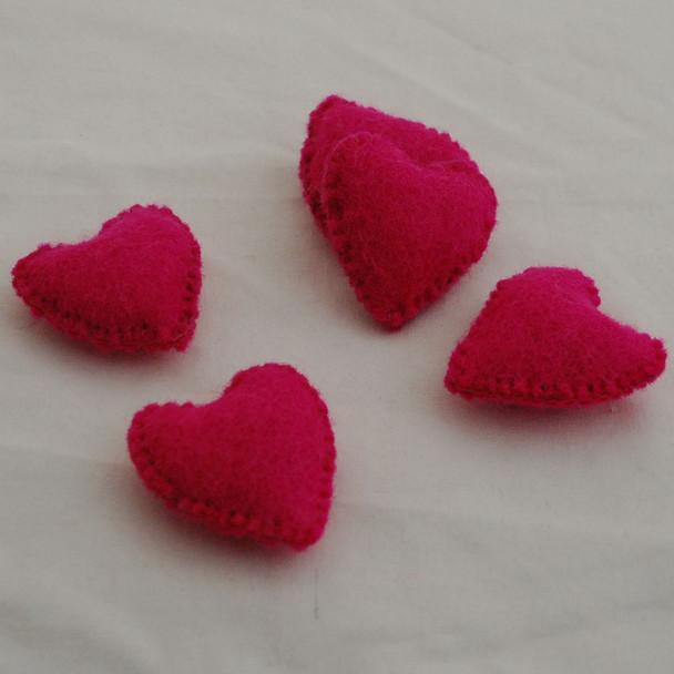 100% Wool Felt Fabric Hand Sewn / Stitched Felt Heart - 4 Count - approx 5.5cm - Fuchsia Pink