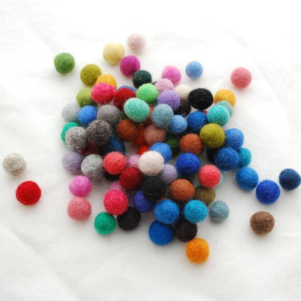 100% Wool Felt Balls - 500 Count - 1.3cm - Mixed Colours