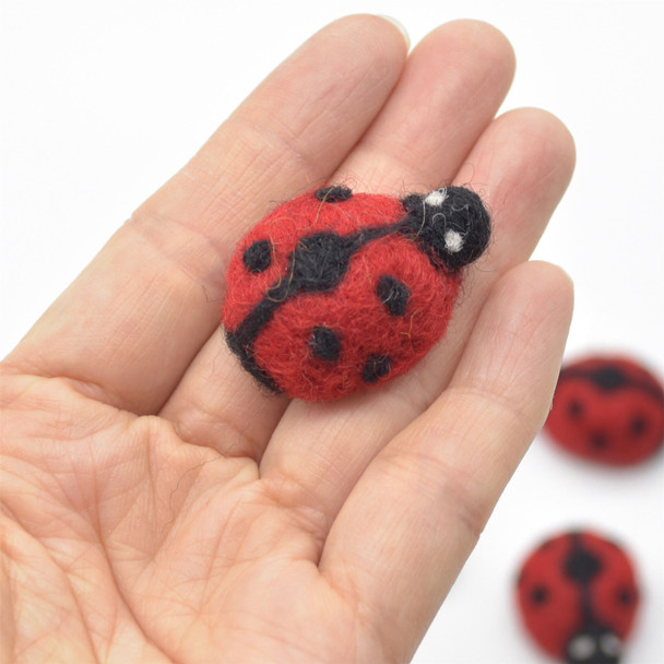 Handmade Wool Felt Ladybird / Ladybug - 5 Count - approx 3.7cm x  2.7cm