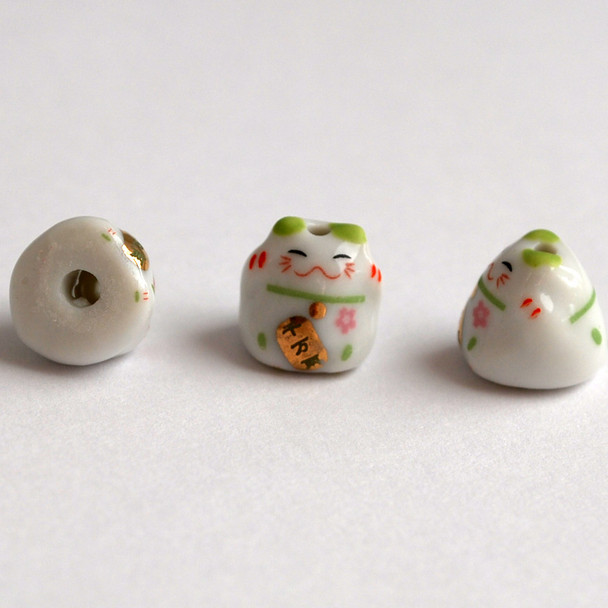 5 Maneki Neko Lucky Cat Porcelain Bead - Feng Shui - Wealth - Green