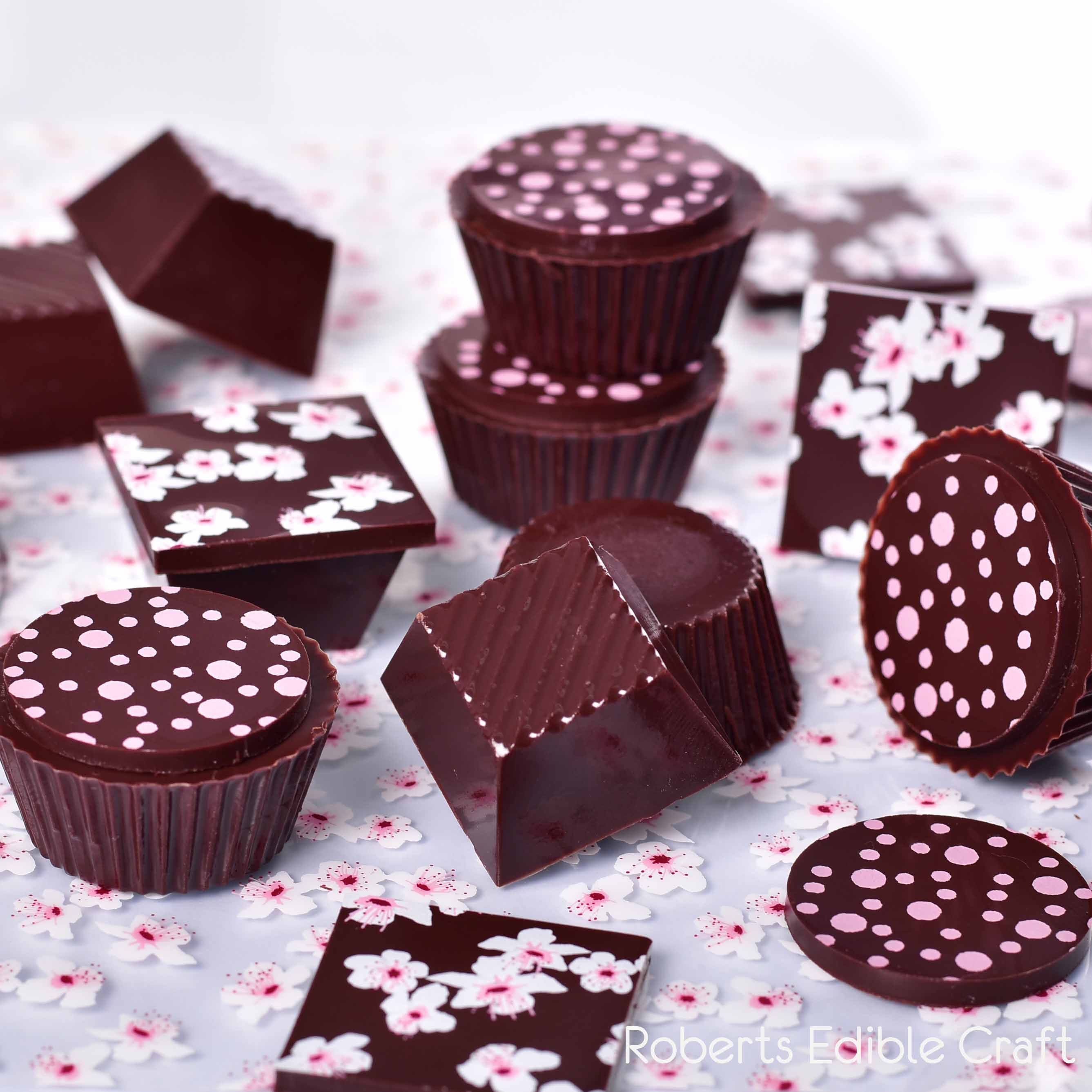 2019-roberts-mould-21-chocolates.jpg