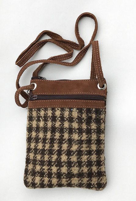 "Handwoven Cross shoulder Pouch Purse  Guatemala Wool (6"" x 7.5"")"