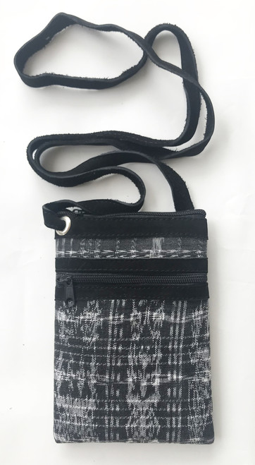 "Cross Shoulder Zipper Pouch Purse Guatemala (5.5"" x 7.5"")"