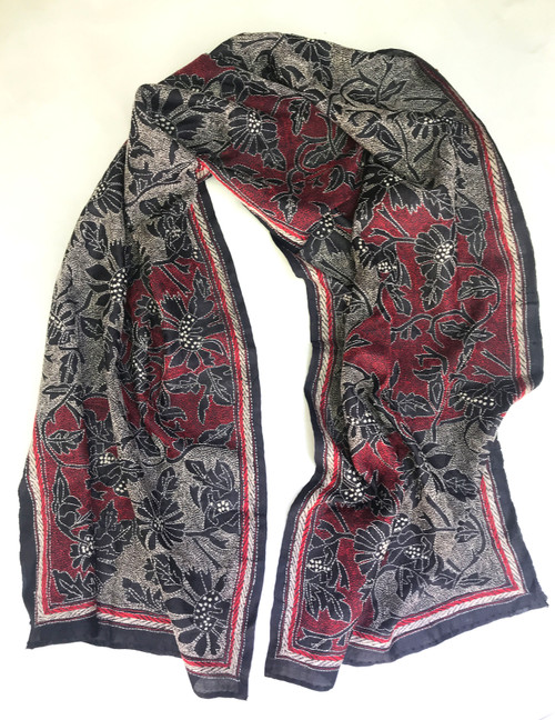 "Hand Embroidered Kantha Silk Floral Scarf India (20"" x 74"")"
