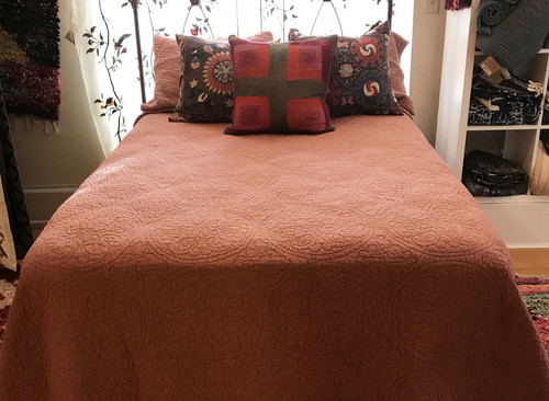 "Linen Matelasse Quilt Dusty Rose King Lithuania (110"" w x 96"" L)"