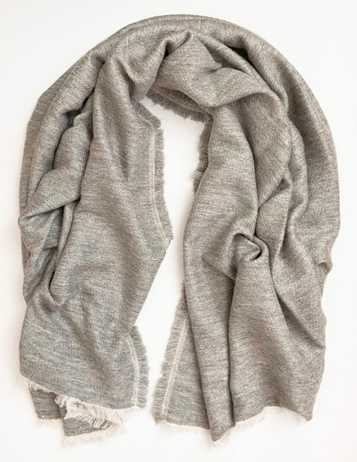 "Handwoven Soft Woolen Grey Throw  India (54"" x 74"")"