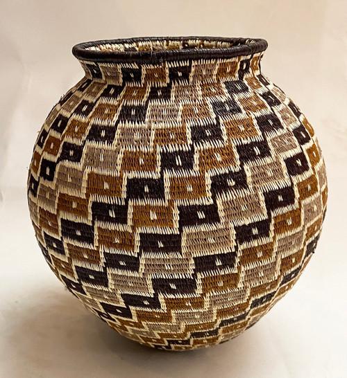 "Handmade Natural Fiber Wounaan Basket  Large Panama  (6.25"" tall x  6""wide)"