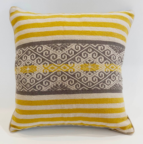 "Handwoven Traditional Woolen Natural  Dyed Pillow B Peru (18"" x 18"")"