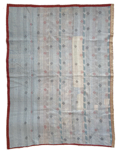 Kantha Quilt Hand Stitched Vintage Sari  India patchwork light grey
