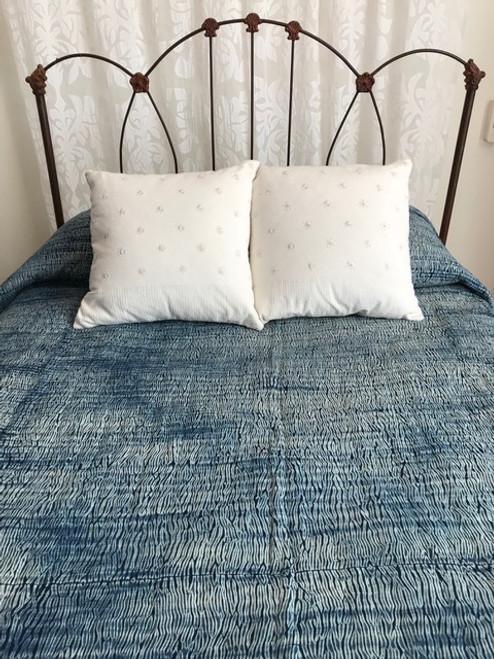 "Handmade Shibori Indigo Dyed Quilt Bedspread King (98"" x 103"")"