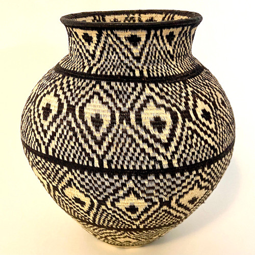 "Handmade Natural Fiber Wounaan Basket Black and  White Panama  (6.75"" tall x  6""wide)"