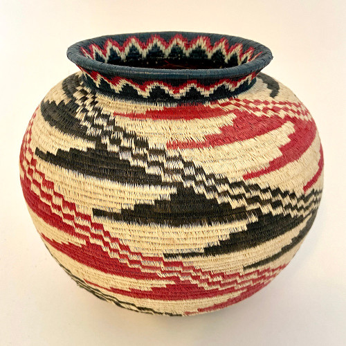 """Handmade Natural Fiber Wounaan Basket Black and Red  White Panama  (6"""" tall x  6.5""""wide) light tan, Black and brick red"""