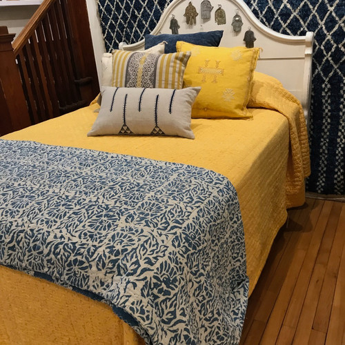 """Handmade Bandhani  Cotton Yellow Quilt Bedspread Queen (104"""" x 105"""") shades of marigold and washed pale yellow"""