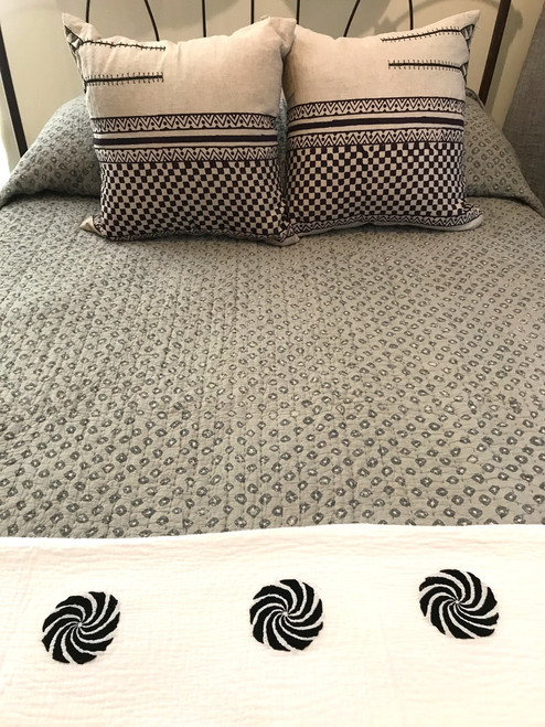 """Handmade Bandhani  Cotton Yellow Quilt Bedspread Queen (104"""" x 104"""") shades of grey"""