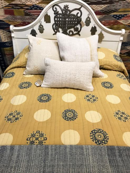 "Handmade Natural Dyed Block Print Quilt Queen Bedspread India (96"" x 105"") golden wheat, cream, rich indigo, outlines in black"