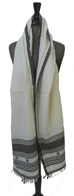 """Handwoven Fine Woolen Shawl India (23"""" x 80"""")"""