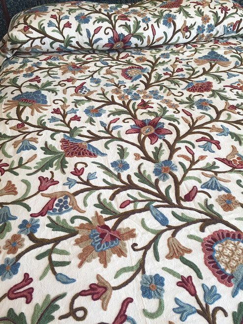 "Handwoven Cotton with Handmade Wool Crewel Embroidery Coverlet Bedspread India (88"" x 104"")"
