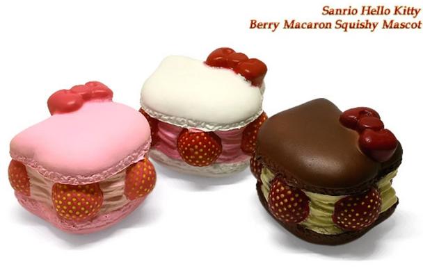 Squishy Hello Kitty Macaron