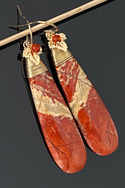 Red Jasper with leaf and Carnelian