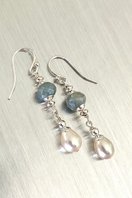 Mystic Blue Quartz & Pearl drop