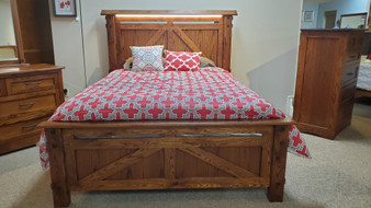 Amish CV Woodworking Oak Queen Bed w/ LED Lights