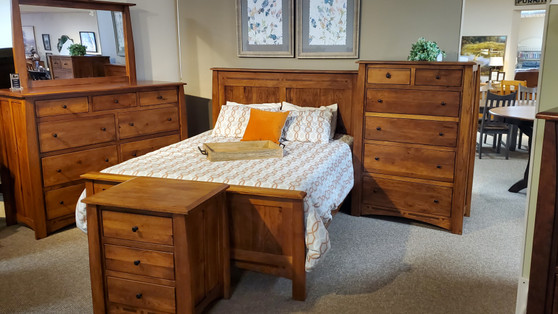 Amish Boulder Creek Hickory Queen Bed
