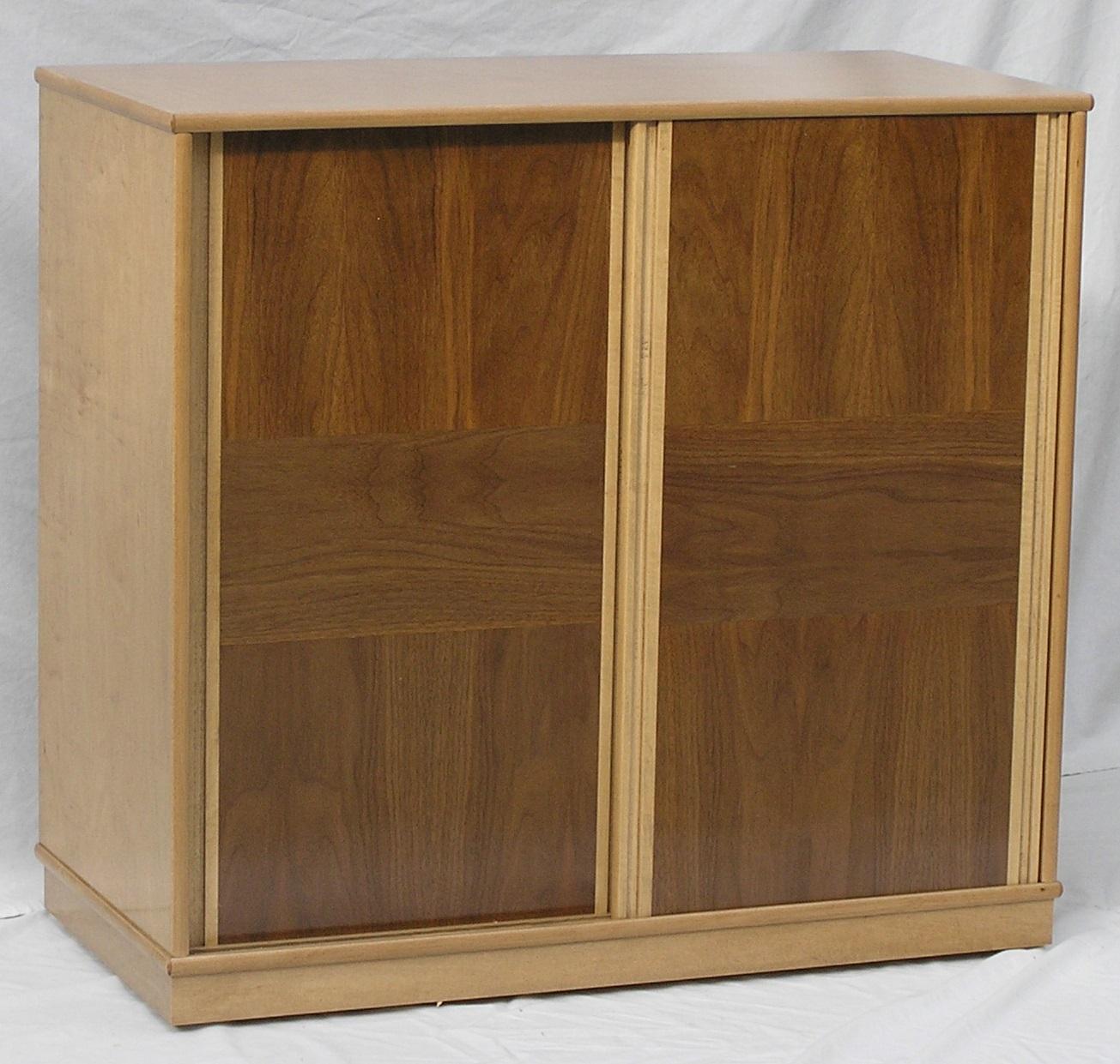 antique-oak-maple-w-walnut-slide-lp-cabinet.jpg