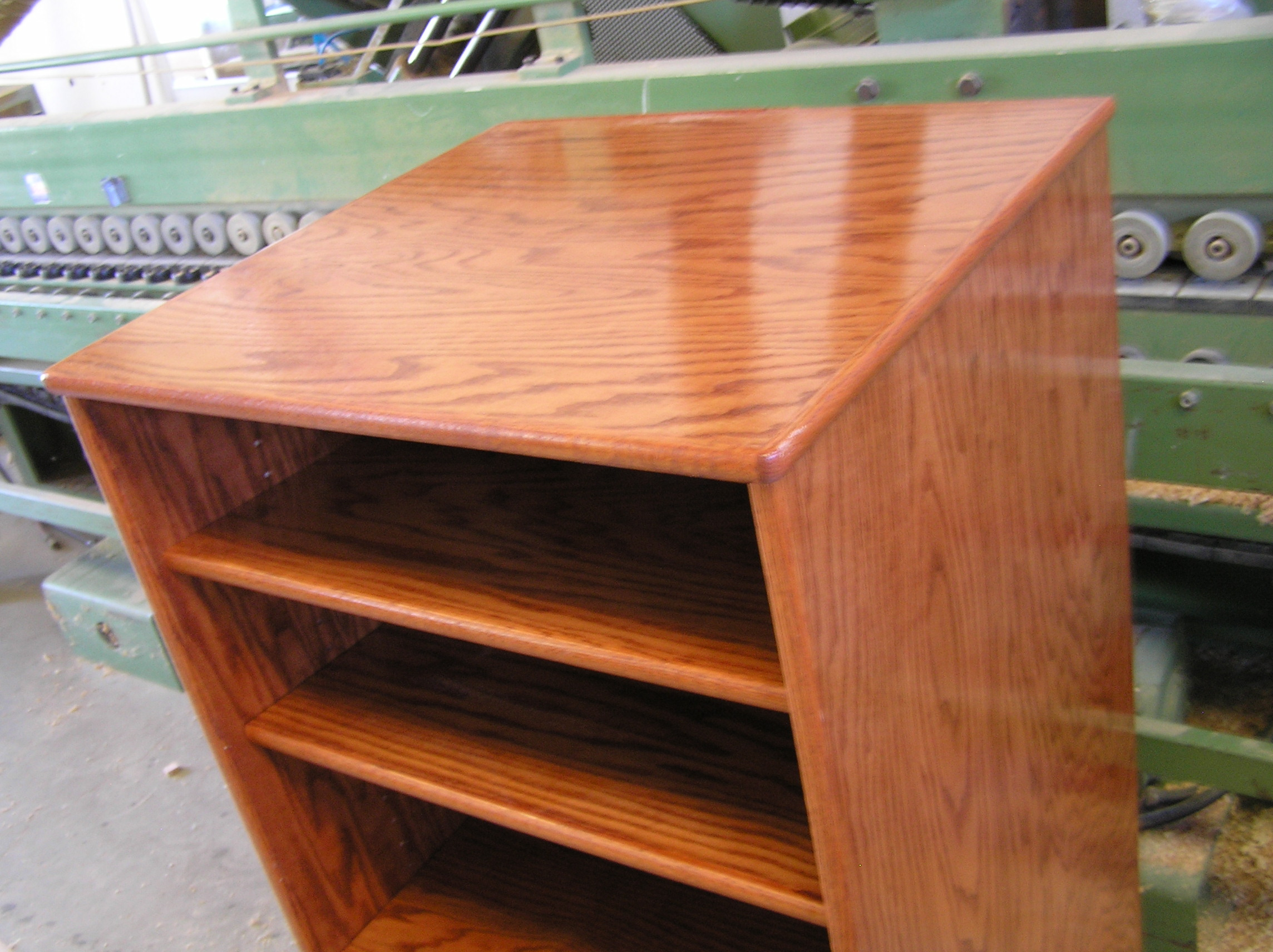 large-gunstock-oak-cabinet-003.jpg