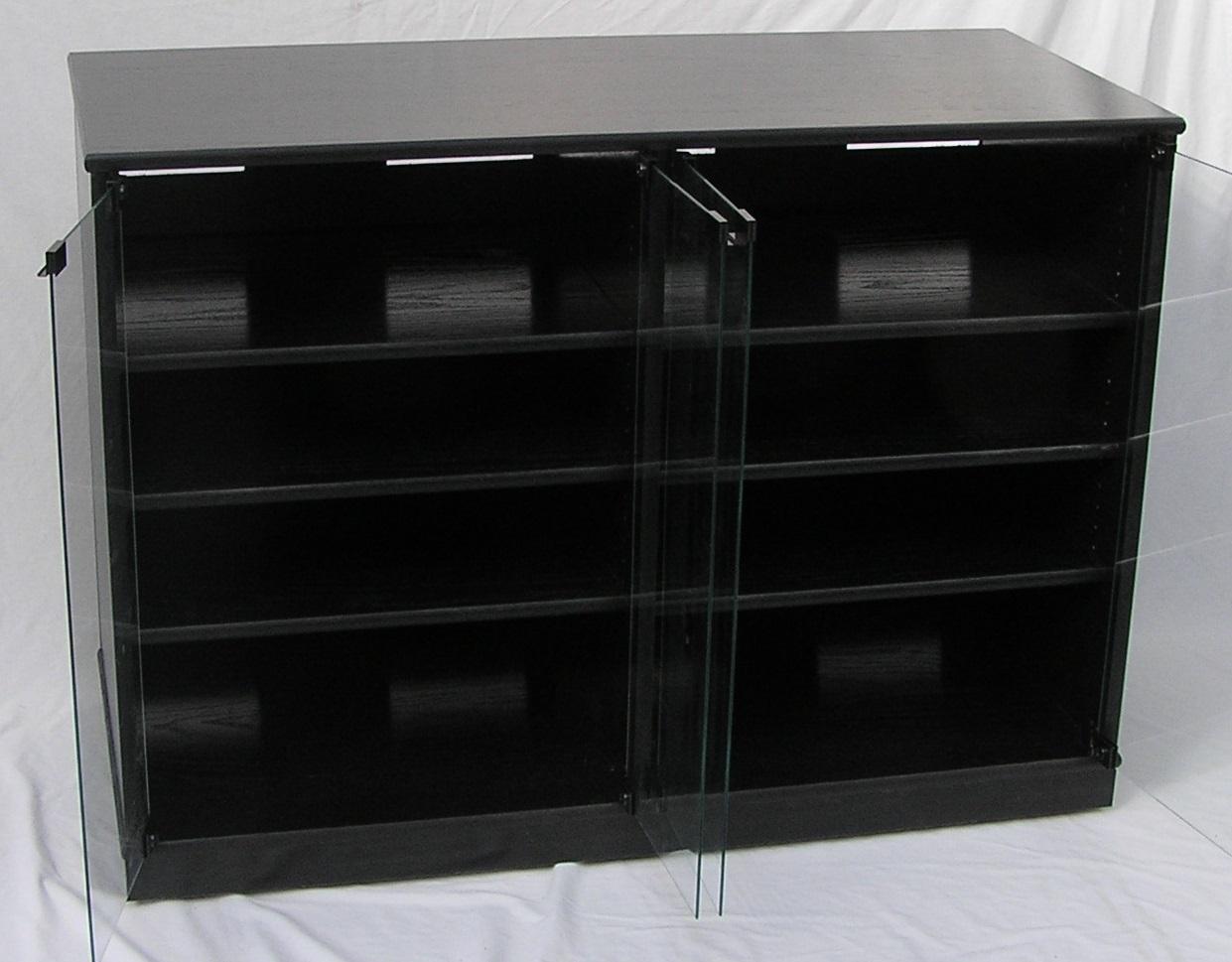 scdw2233-black-w-gray-glass-open.jpg