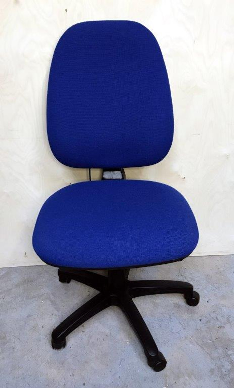 CC006 - Operator chair without arms