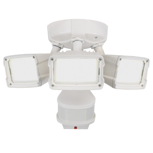 Defiant 270° LED Triple Motion w Doppler Sensor, 2400 Lumens, 5000K, White