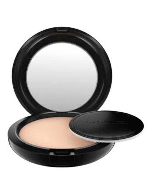 M.A.C Studio Careblend Pressed Powder - LIGHT PLUS