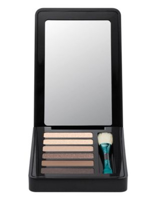 M.A.C Enchanted Eve Eyeshadow Compact - WARM