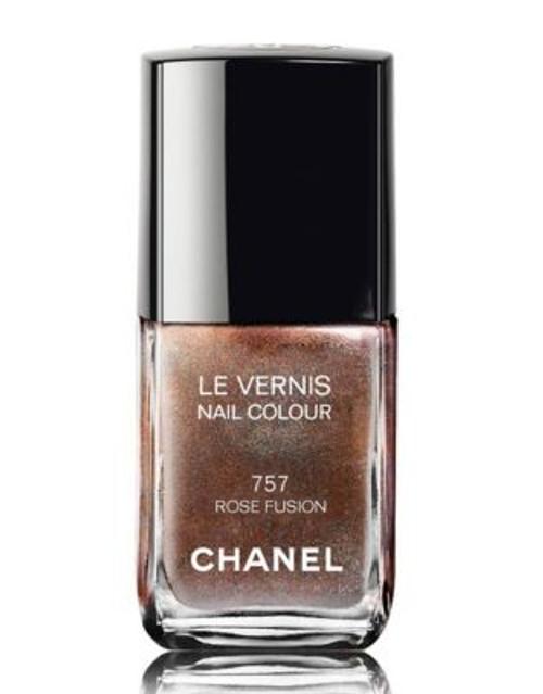 Chanel LE VERNIS <br> Nail Colour - ROUGE FUSION