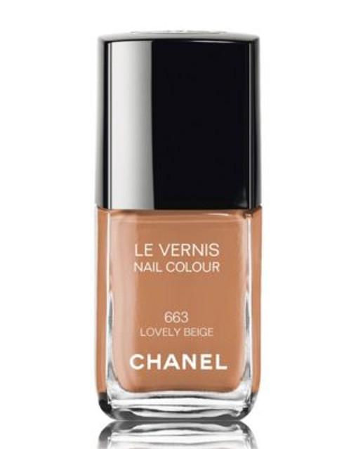 Chanel LE VERNIS <br> Nail Colour - LOVELY BEIGE