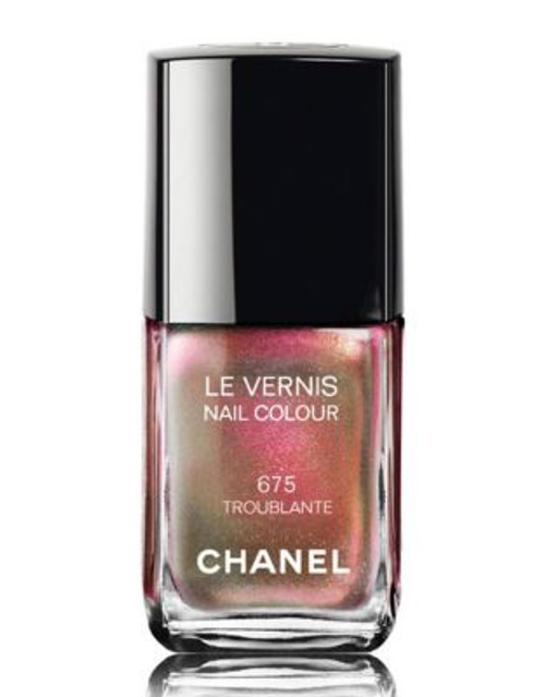 Chanel LE VERNIS Nail Colour - 675 TROUBLANTE
